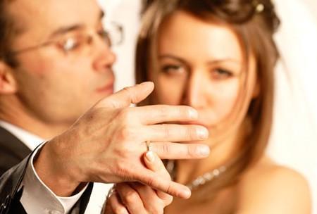Namorar homem casado dar certo?