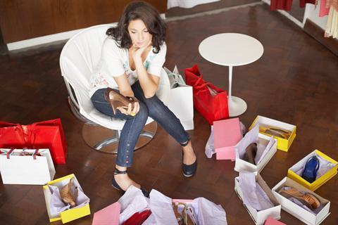 Mulheres, compras compulsivas e vícios emocionais