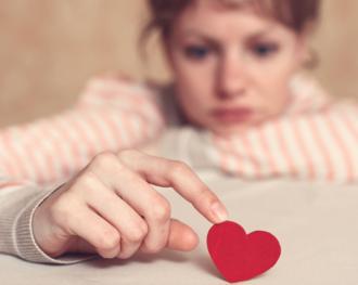 Um conselho para se livrar de ciladas amorosas: não ouça o seu coração
